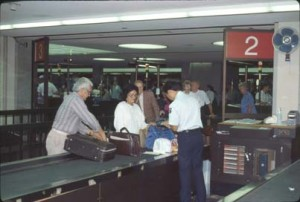 Photo of International arrivals at HNL taken in the 1990s