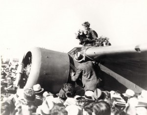 The crowd at Oakland, CA during Earhart's arrival