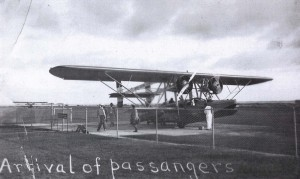 Photo of aircraft at John Rodgers Airport 1930
