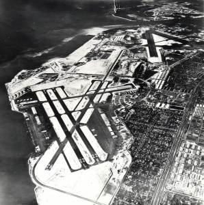 Aerial view of Honolulu International Airport in 1947