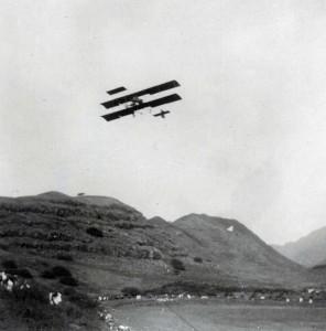 J. C. Bud Mars makes the first flight in Hawaii December 31, 1910 in Honolulu (Moanalua).