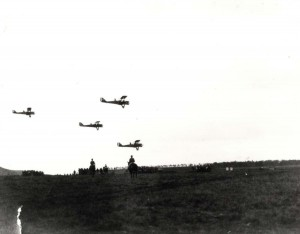 DH-4 Observation planes in flight over Schofield Barracks, 1920s.