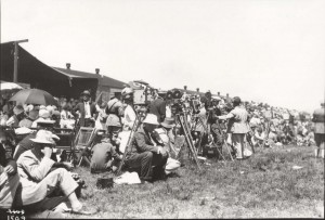 Spectators await finishers in the Dole Derby at Wheeler Field, Oahu, August 17, 1927.