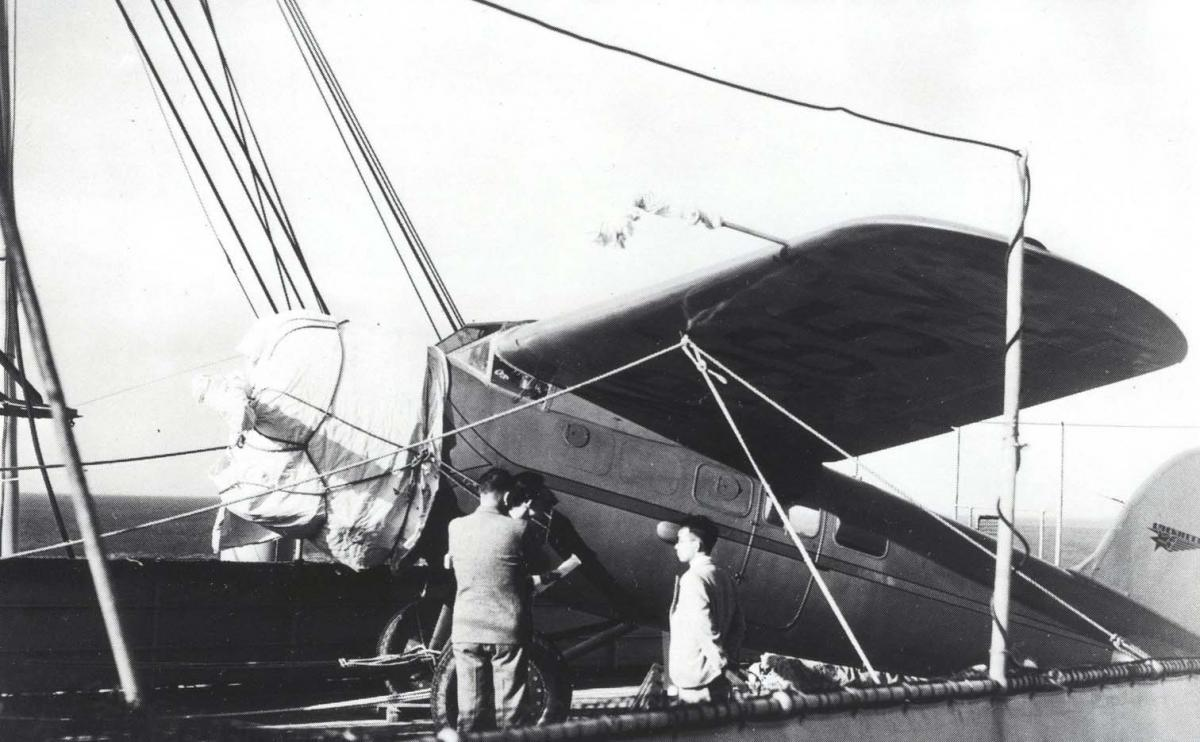Hawaii Aviation Photos Of Amelia Earhart