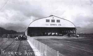Inter-Island Airways Ltd. hangar at John Rodgers Airport, 1930s.