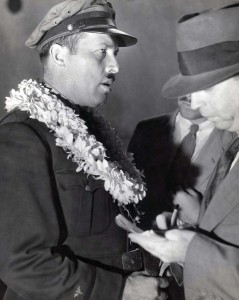 Roscoe Turner arrived in Hawaii on November 26, 1934 after finishing second in London to Melbourne Air Derby with Clyde Pangborn. Their Boeing plane was carried on a ship to Hawaii.