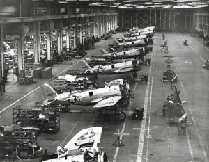 P-47 aircraft in Hickam Field hangar, 1944.
