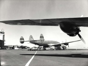 Pan American World Airways at Honolulu Airport, 1940s.