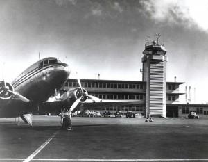 Miss Oahu on ramp at Honolulu International Airport, 1950s.