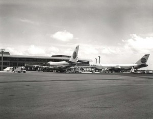 Pan American Airways at Honolulu International Airport, 1959.