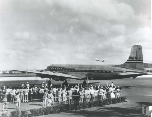 United Air Lines at Honolulu International Airport, 1950s.