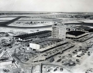 Construction of Honolulu International Airport Administration Building and Ticket Lobby, 1961.