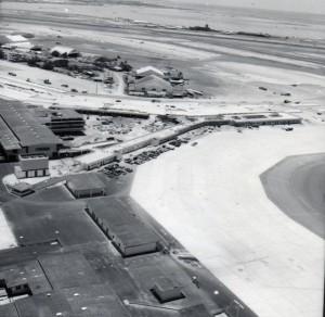 Construction of new Honolulu International Airport, 1962.