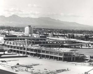 Diamond Head Concourse construction at Honolulu International Airport, 1974.