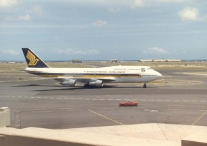 Singapore Airlines at Honolulu International Airport, 1986.