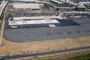 Aerial view of Commuter Terminal, Honolulu International Airport, June 1988.