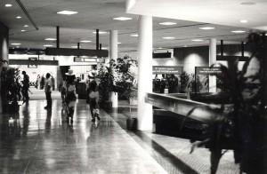 Foreign arrivals, Honolulu International Airport, 1980.