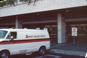 Airport Baggage Service, Foreign Arrivals, Honolulu International Airport, 1987.