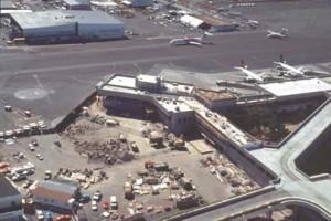 Interisland Terminal construction, Honolulu International Airport, 1995.