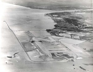 Photo of HNL's Reef Runway from 1975