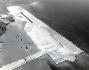 HNL's Reef Runway arial viw from 1975