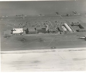 Aerial view of Honolulu International Airport in 1947