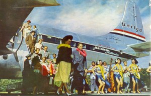 Photo of passengers departing a United Airlines aircraft