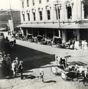 Downtown Honolulu 4th of July Parade, 1904