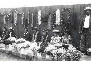 Lei sellers in Honolulu, c1901.