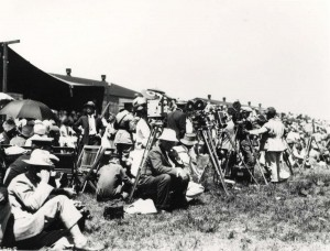The media awaiting the arrival of Sir Charles Kingsford Smith turned out in full force at Wheeler Field, October 29, 1934.