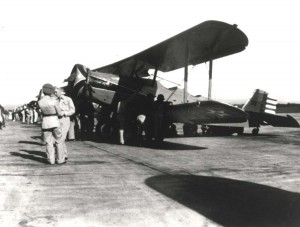 Thomas Morse O-19C observation plane at Wheeler Field, c1930s. Could be with 18th Pursuit Group or with 4th or 50th Observation Squadron. « previous 12 items