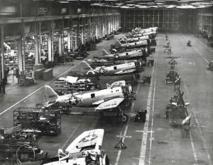 P-47 aircraft in Hickam Field hangar, 1944.