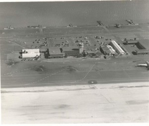 Honolulu Airport, 1947, with Keehi Lagoon Seadrome at top.
