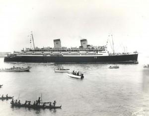 SS Malolo, Honolulu Harbor, 1940.