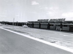 Hawaiian Airlines at Interisland Terminal, Honolulu International Airport, 1959.