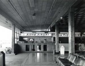 Aloha Airlines ticket lobby at Honolulu International Airport, 1950s.
