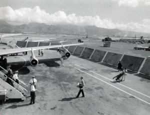 Blast fences at Honolulu International Airport, 1950s.