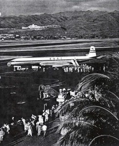 BOAC British Comet at Honolulu International Airport, 1955.