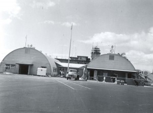 Quonset huts at Honolulu International Airport, 1959.
