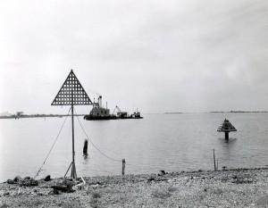 Construction of the Standard Oil pipeline through Honolulu International Airport, 1959.