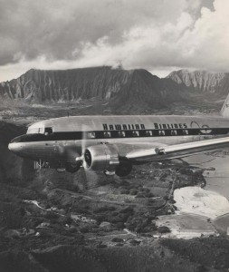 Hawaiian Airlines flies over Kaneohe.