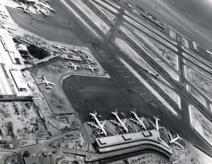 Honolulu International Airport, August 5, 1971.