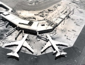 Diamond Head Concourse construction, Honolulu International Airport, 1974.