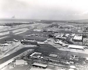 Construction at Honolulu International Airport, 1971.