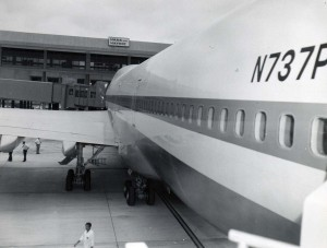 First Pan American flight at Honolulu International Airport, January 22, 1970.