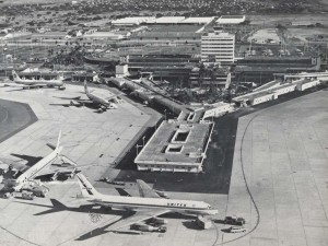 Central Concourse, Honolulu International Airport, 1970s.