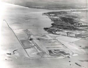 Early construction of the Reef Runway at Honolulu International Airport, 1975.