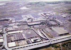 Honolulu International Airport, January 1, 1982.