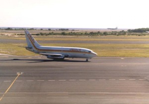 Aloha Airlines landing at Honolulu International Airport, 1985.