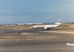 World Airways at Honolulu International Airport, 1986.